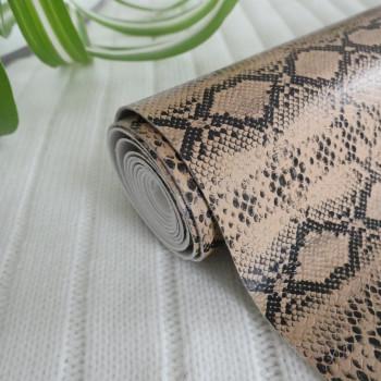 Кожзам рептилия двухцветный бежевый и черный 25*140см