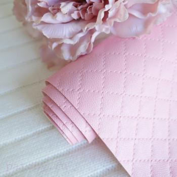 Кожзам стеганый ромбами розовый