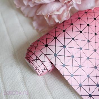 Кожзам сложная геометрия перламутрово-розовый